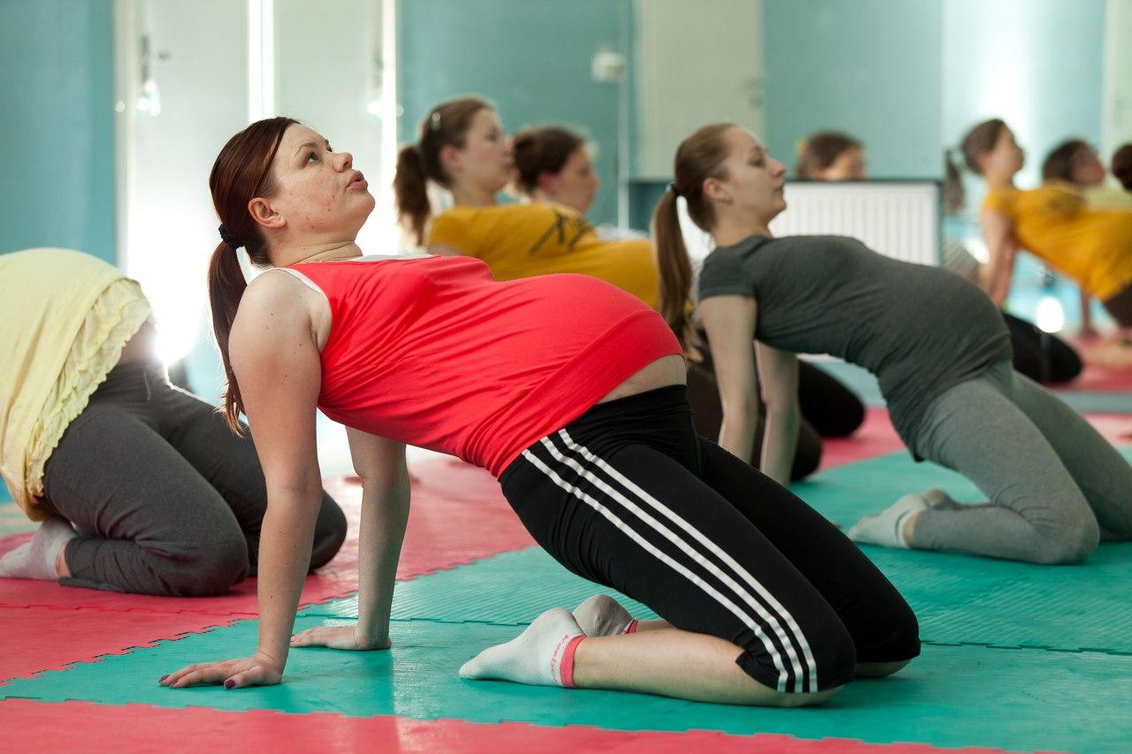 Фитнес для беременных - советы тренера Gold s Gym