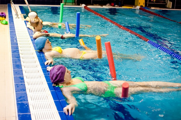 Школа для беременных с бассейном 17